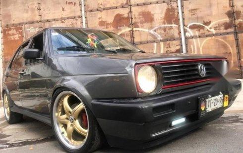 Quiero vender urgentemente mi auto Volkswagen Golf 1992 muy bien estado