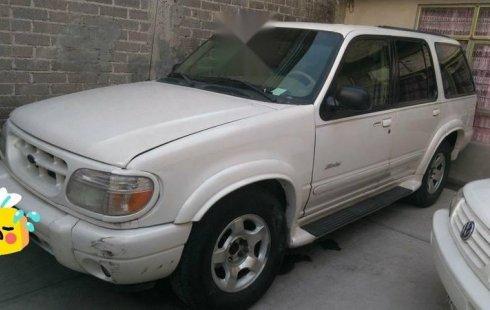 En venta un Ford Explorer 2001 Automático en excelente condición