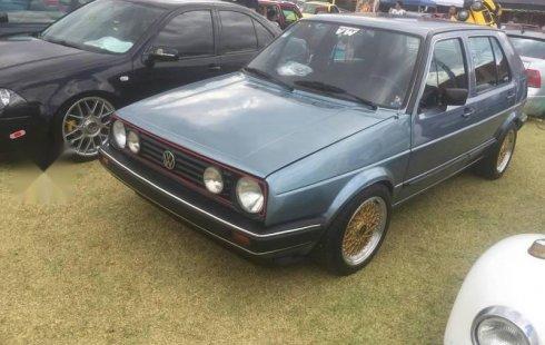 Pongo a la venta cuanto antes posible un Volkswagen Golf en excelente condicción