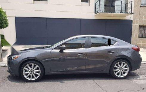 Quiero vender urgentemente mi auto Mazda 3 2014 muy bien estado