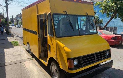 Pongo a la venta cuanto antes posible un Chevrolet Vanette que tiene todos los documentos necesarios