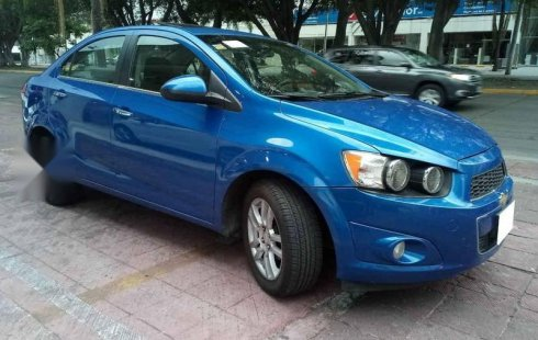 Un carro Chevrolet Sonic 2012 en Zapopan