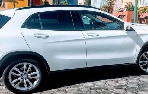 Vendo un Mercedes-Benz SE impecable