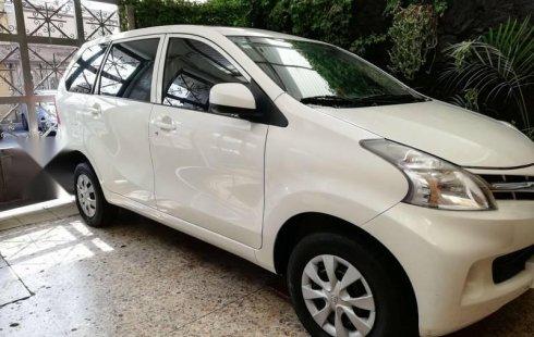 Vendo un carro Toyota Avanza 2014 excelente, llámama para verlo