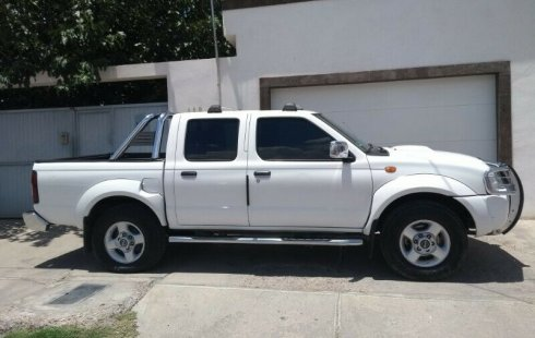 Quiero vender inmediatamente mi auto Nissan Frontier 2014