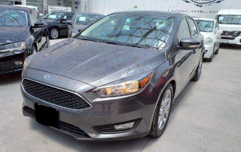 Quiero vender inmediatamente mi auto Ford Focus 2019 muy bien cuidado