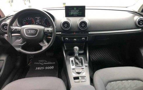 Carro Audi A3 2016 de único propietario en buen estado