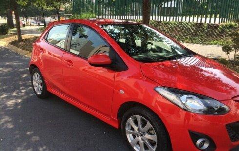 Vendo un carro Mazda Mazda 2 2014 excelente, llámama para verlo