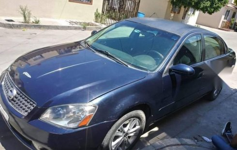 Quiero vender inmediatamente mi auto Nissan Altima 2005