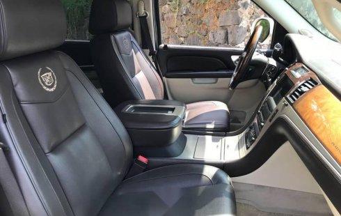 En venta un Cadillac Escalade 2010 Automático muy bien cuidado
