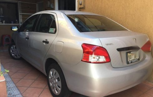 Me veo obligado vender mi carro Toyota Yaris 2007 por cuestiones económicas