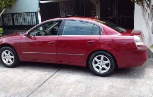 Me veo obligado vender mi carro Nissan Altima 2005 por cuestiones económicas