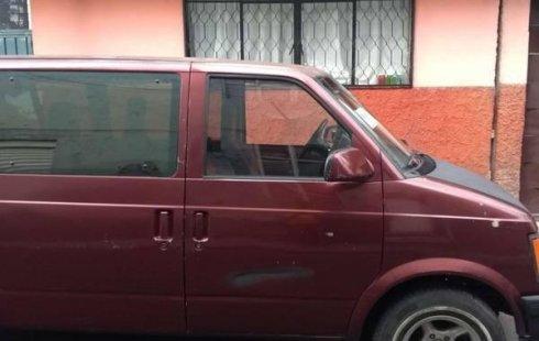 Un Chevrolet Astro 1991 impecable te está esperando