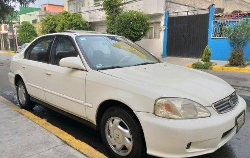 En venta un Honda Civic 2000 Manual muy bien cuidado