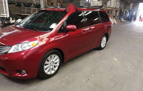 Toyota Sienna impecable en Tonalá más barato imposible