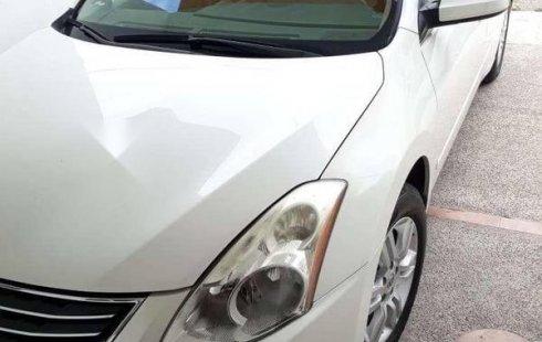Quiero vender inmediatamente mi auto Nissan Altima 2012 muy bien cuidado