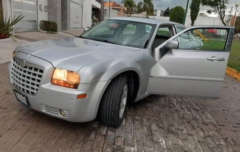 Vendo un Chrysler 300 impecable