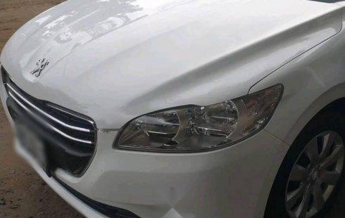 Quiero vender urgentemente mi auto Peugeot 301 2016 muy bien estado