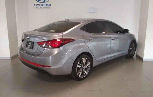 Pongo a la venta cuanto antes posible un Hyundai Elantra que tiene todos los documentos necesarios