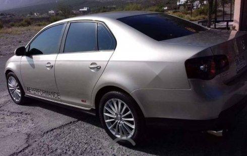 Se vende urgemente Volkswagen Bora 2008 Automático en Santa Catarina