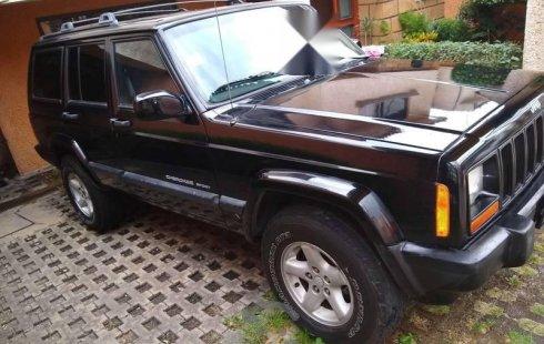 Quiero vender cuanto antes posible un Jeep Cherokee 2000