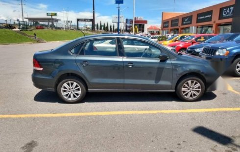 Quiero vender urgentemente mi auto Volkswagen Vento 2019 muy bien estado