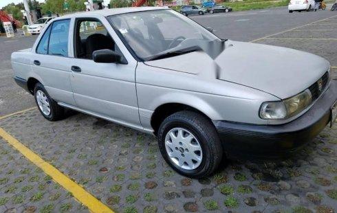 Se vende un Nissan Tsuru de segunda mano