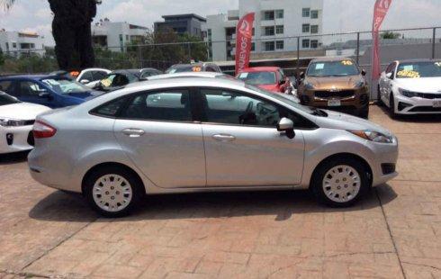 Ford Fiesta impecable en Zapopan