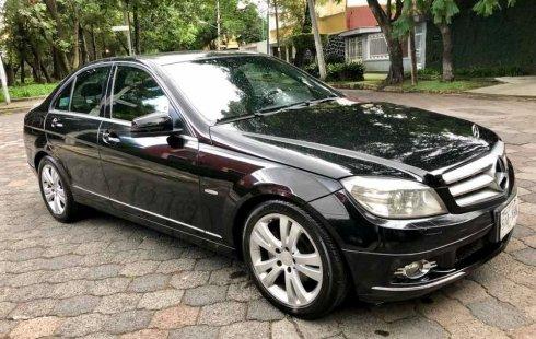 Mercedes-Benz Clase C impecable en Coyoacán