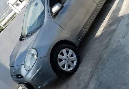 Tengo que vender mi querido Nissan March 2012