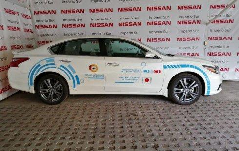 Vendo un carro Nissan Altima 2018 excelente, llámama para verlo