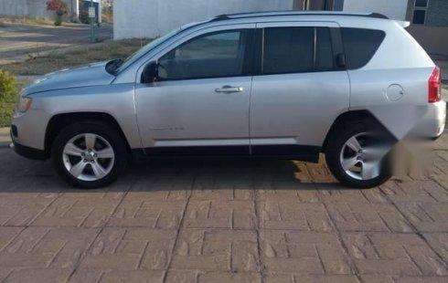 Un excelente Jeep Compass 2011 está en la venta