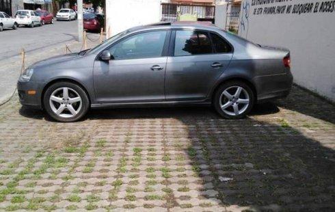 Quiero vender inmediatamente mi auto Volkswagen Bora 2009 muy bien cuidado