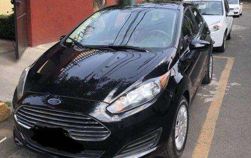 Quiero vender inmediatamente mi auto Ford Fiesta 2014 muy bien cuidado