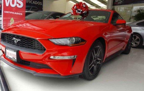 Quiero vender urgentemente mi auto Ford Mustang 2019 muy bien estado