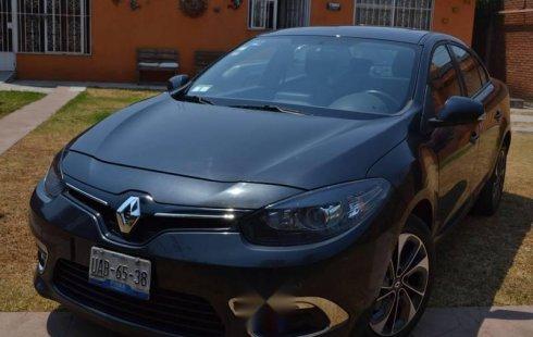Vendo un carro Renault Fluence 2015 excelente, llámama para verlo