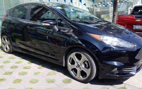 Se vende un Ford Fiesta de segunda mano