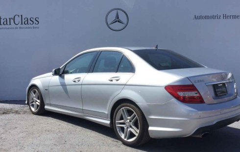 Tengo que vender mi querido Mercedes-Benz Clase C 2012