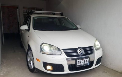 En venta un Volkswagen Bora 2008 Automático en excelente condición