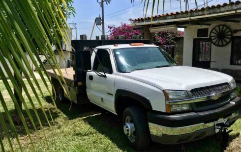 Chevrolet 3500 2004