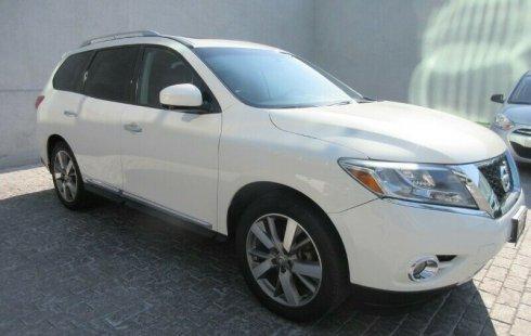 En venta un Nissan Pathfinder 2013 Automático muy bien cuidado