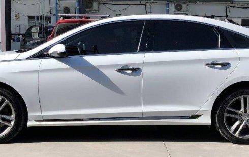 Se vende un Hyundai Sonata 2018 por cuestiones económicas