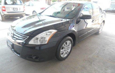 Carro Nissan Altima 2012 en buen estadode único propietario en excelente estado