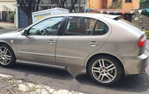 Coche impecable Seat León Cupra con precio asequible