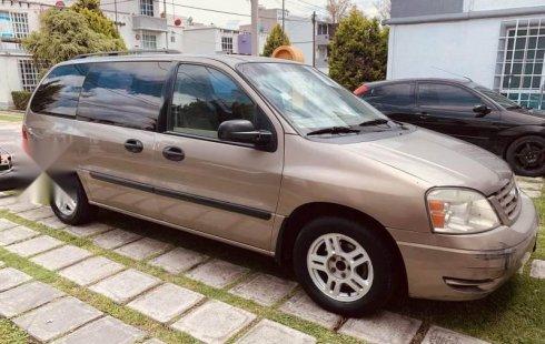 No te pierdas un excelente Ford Freestar 2005 Automático en Tultepec