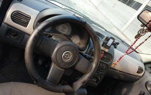 Pongo a la venta cuanto antes posible un Chevrolet Chevy en excelente condicción a un precio increíblemente barato