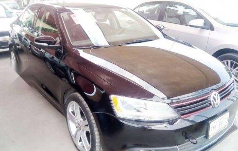 Urge!! Vendo excelente Volkswagen Jetta 2012 Automático en en Saltillo