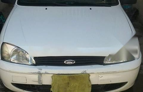 Ford Courier 2008 impecable