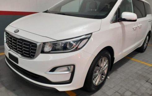 Quiero vender urgentemente mi auto Kia Sedona 2019 muy bien estado