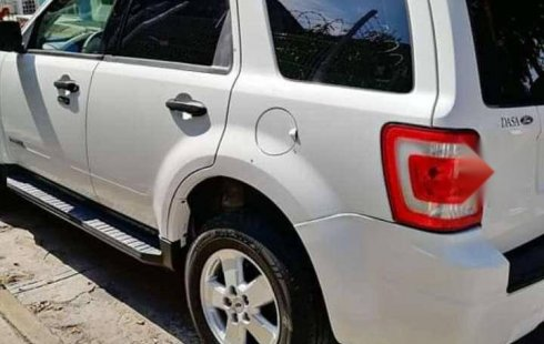 Se vende un Ford Escape de segunda mano